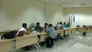 Diskusi Kelompok Hari 1